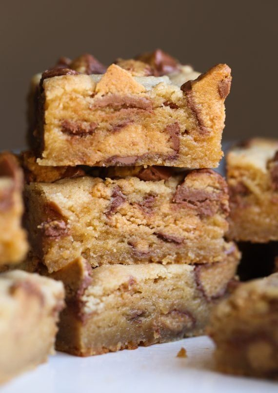 Peanut Butter Cup Blondies Peanut Butter Cup Blondies are OVER.THE.TOP. SO SO GOOD!!!!!!!!!