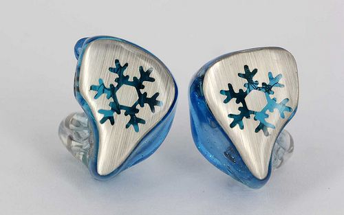Heir Audio Snow Flower Design!