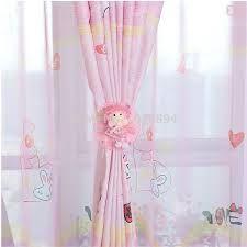 Resultado de imagen para dise os de cortinas para dormitorios con ventanas peque as cortias - Cortinas para habitaciones pequenas ...