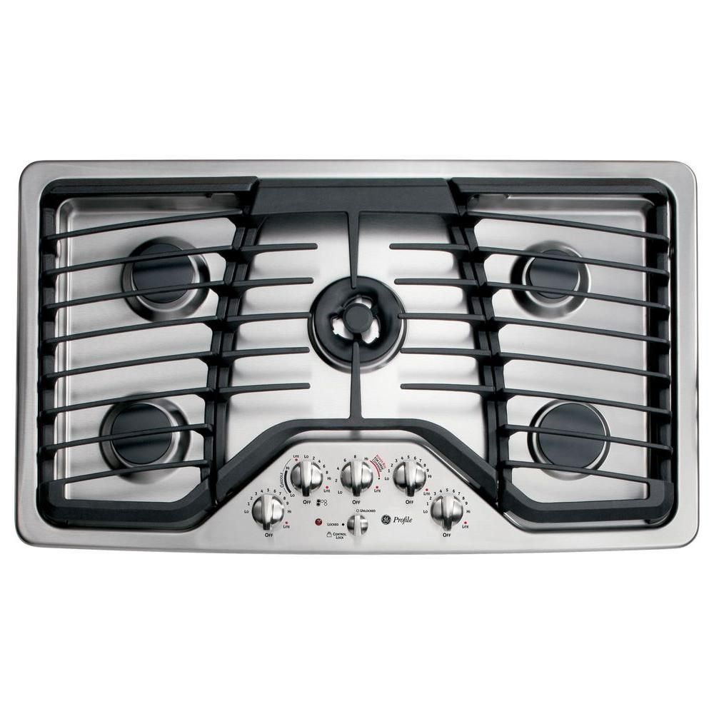gas cooktop in stainless steel silver with 5 burners