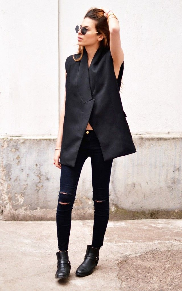 The Best New Boot and Jeans Combinations for Fall | Ripped black ...