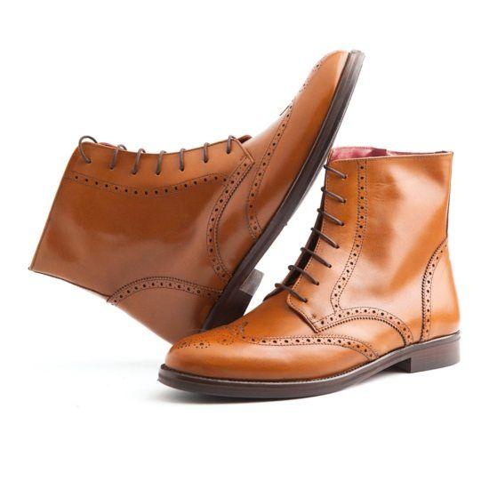 Brogue lady boots in caramel color Beatnik Barbara - Handmade in Spain in calf leather - Leather sewn sole - Free UPS home delivery across Europe - 179,99 €