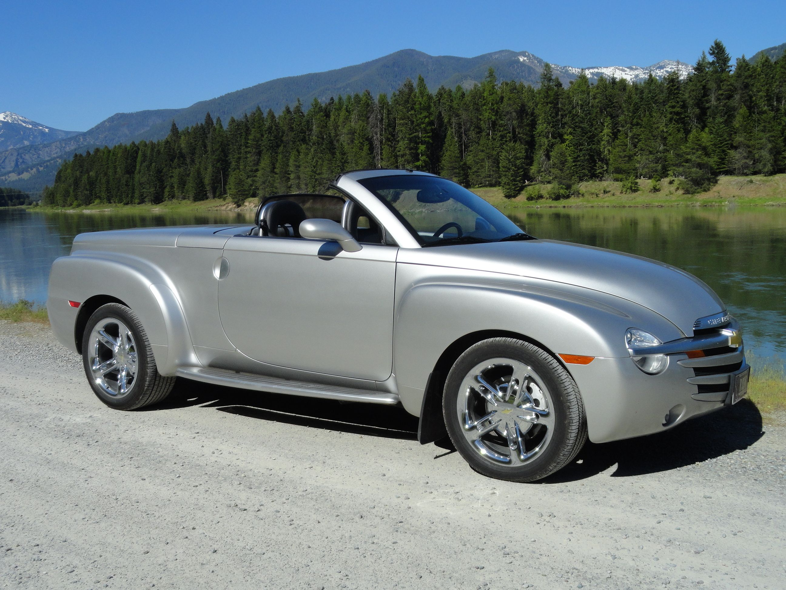 2006 Chevy SSR mine 6speed Lucky Me!!!! Chevy ssr