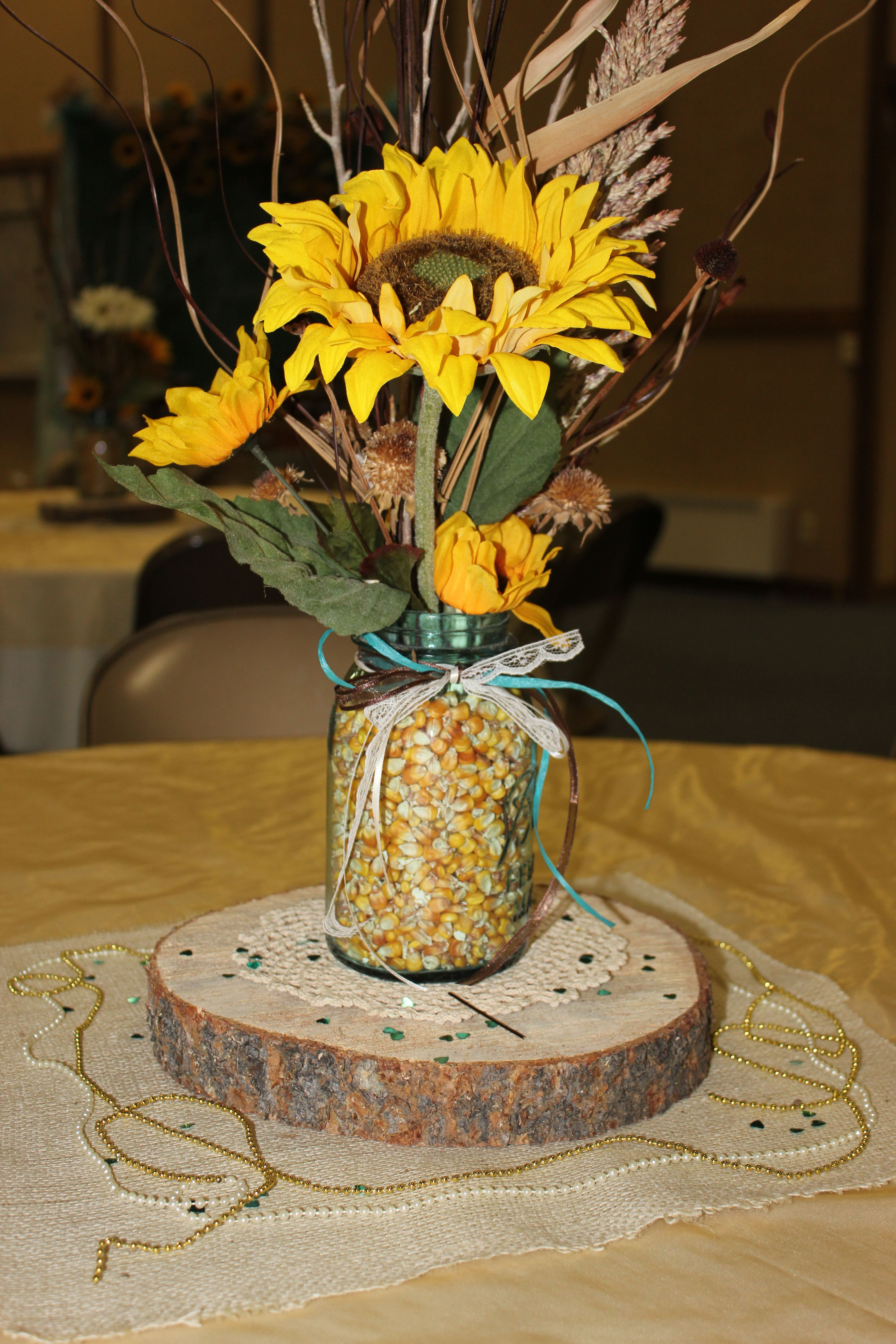 table centerpiece pat andrea 39 s reception in 2019 fall table centerpieces sunflower. Black Bedroom Furniture Sets. Home Design Ideas