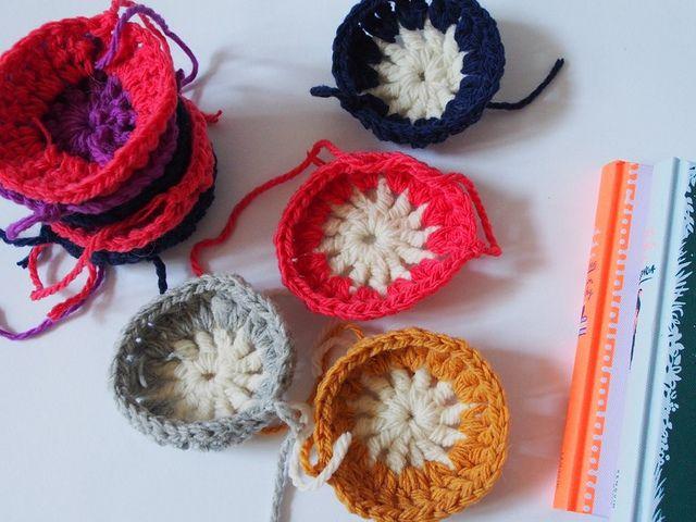 :: How To Crochet A Hexagon In Ten Minutes!