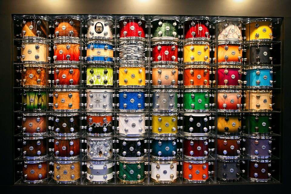 Pin van Grabber op drums all around you