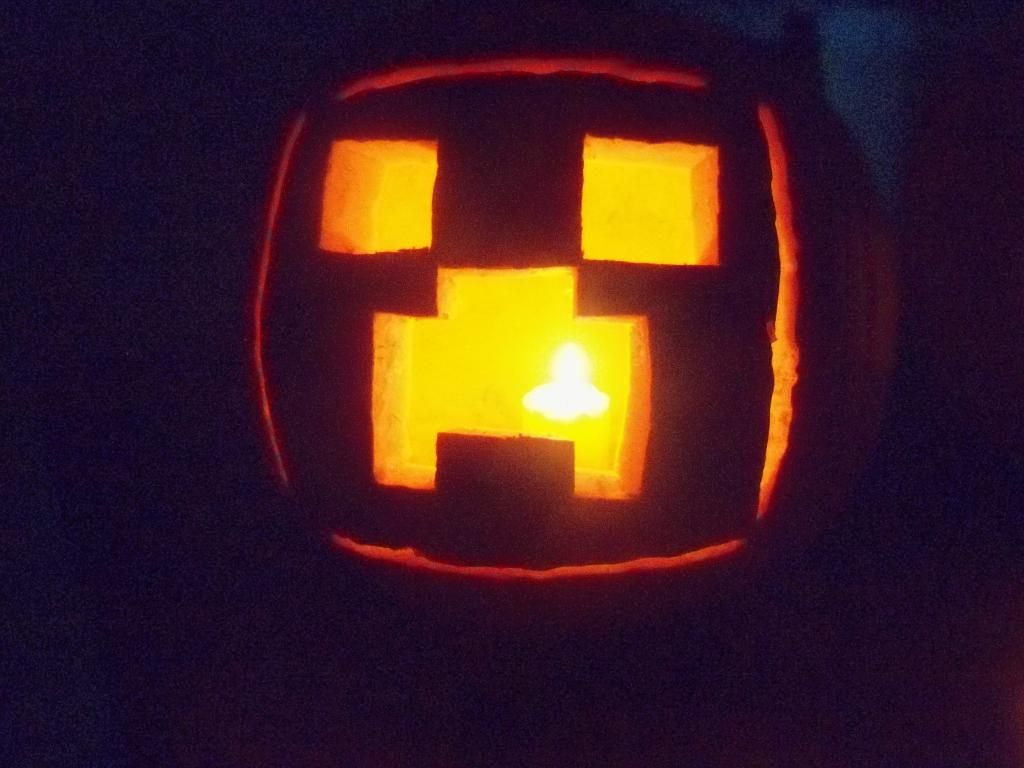 Minecraft pumpkin hailee would love this halloween
