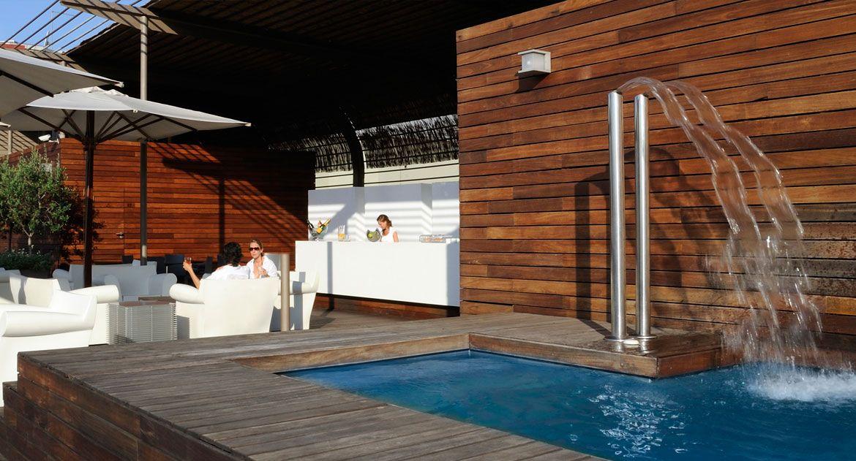 Barcelona spa hotel hotel omm swimming pool and - Aguas de barcelona spa ...