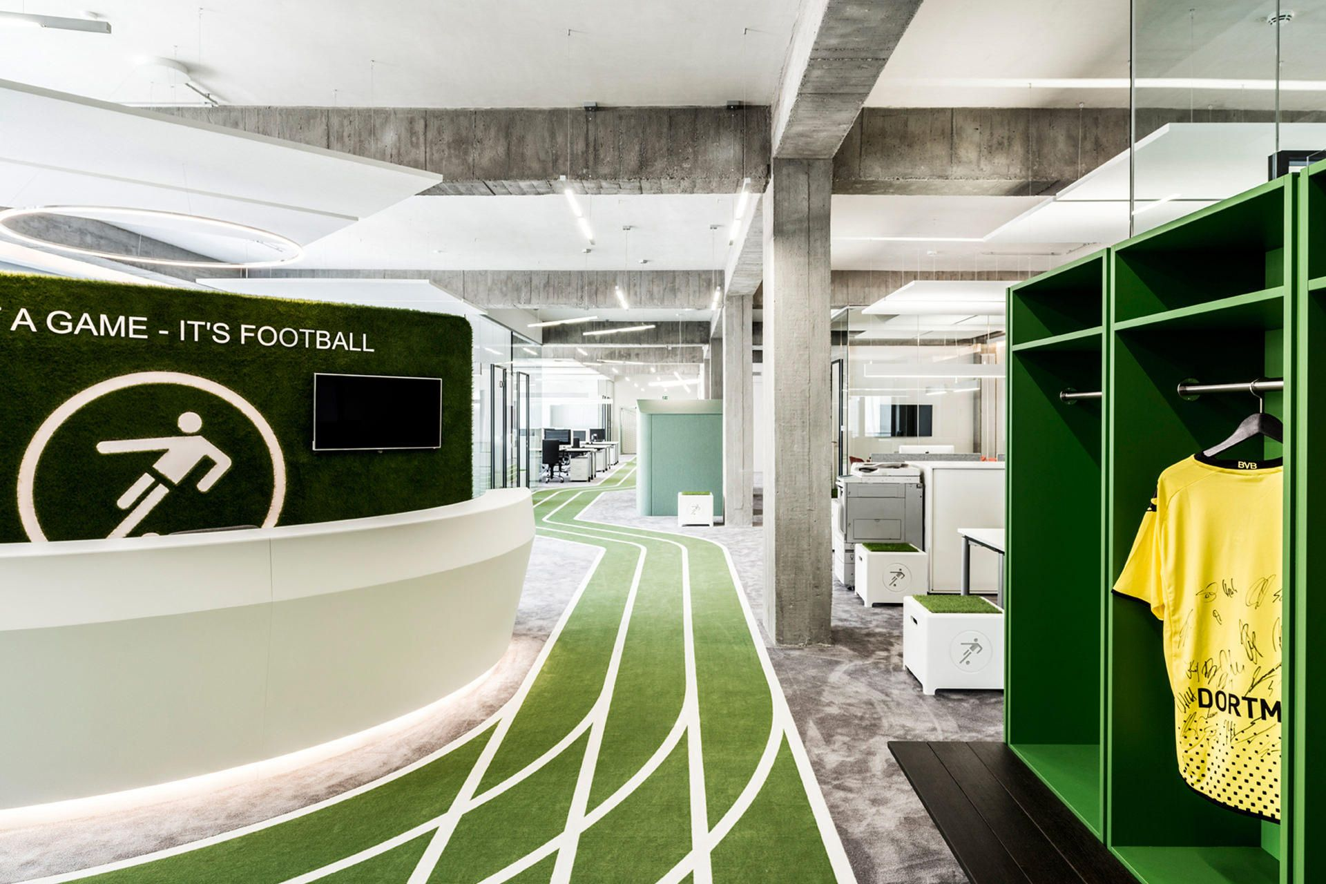 Sports-Themed Office Includes Running Track  http://www.runnersworld.com/briefs/sports-themed-office-includes-running-track