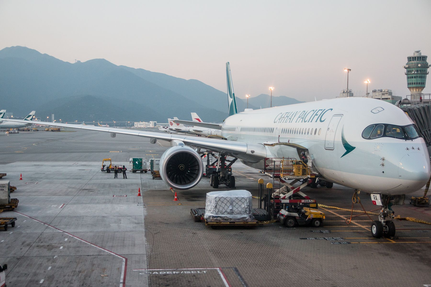 Review Cathay Pacific Premium Economy Class Airbus A350