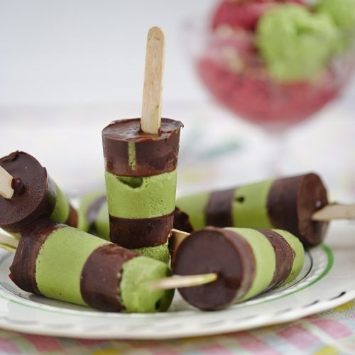 Pea and Mint Ice Cream or Lollies with Chocolate   sheerluxe.com#.#.
