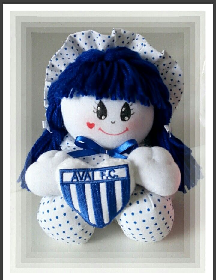 Boneca Fuxico com logomarca do time de futebol do AVAÍ ea240b137881e