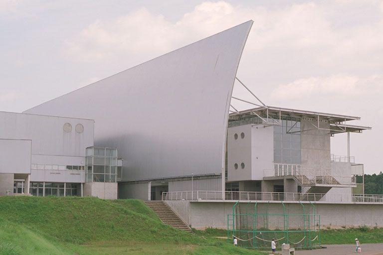岩出山中学校 山本理顕 | 建築, 岩出山