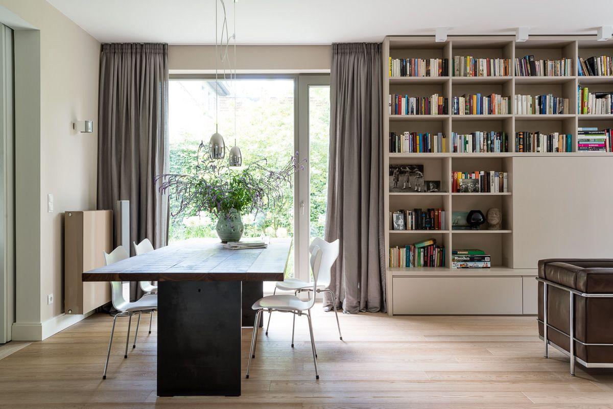 Gäertner Internationale Möbel #Esszimmer #Sessel #LC 2 #Esstisch #Stühle #Grand Prix #Bibliothek