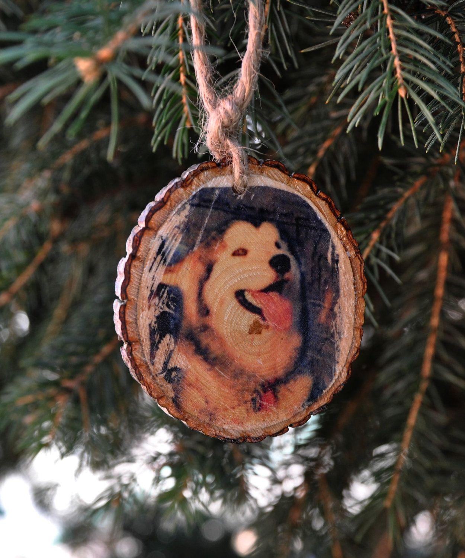 CUSTOMIZED Pet Ornament on wood slice. via Etsy. Wood