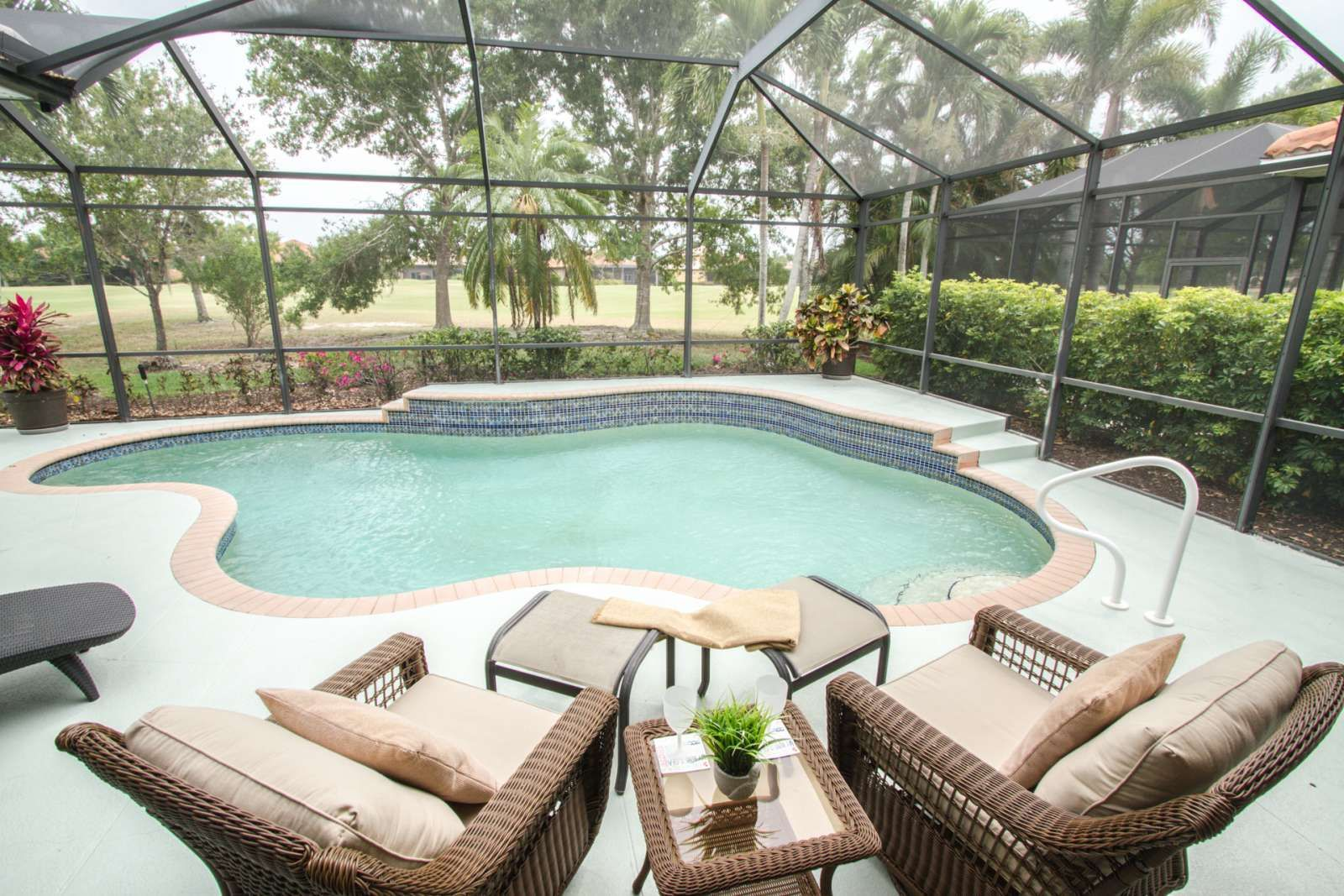 Naples Vacation Rental Gorgeous Masters Reserve Pool Home On Mustang Golf Course W Private Classics Golf Cc Naples Vacation Golf Courses Florida Beach House