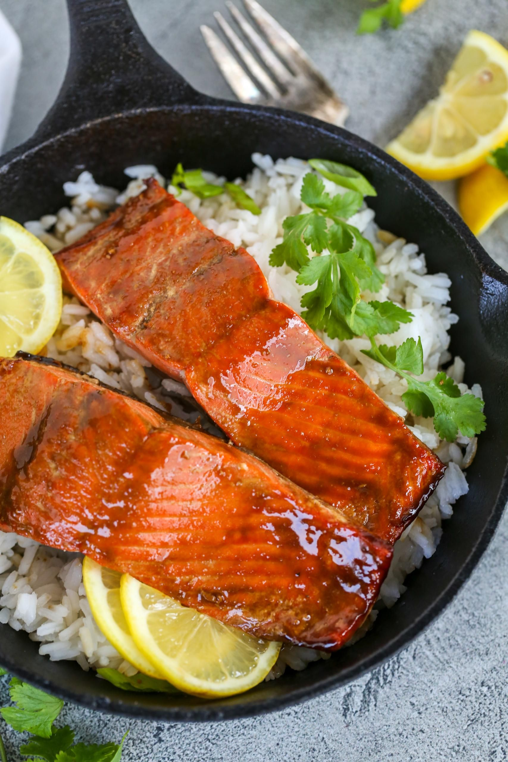 Brown Sugar Glazed Salmon Recipe - Momsdish