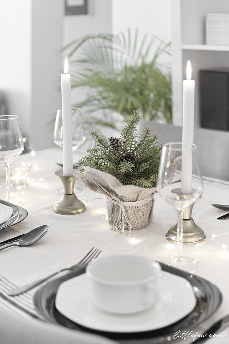 MY CHRISTMAS TABLE-SETTING | Flat ideas | Pinterest | Decoration