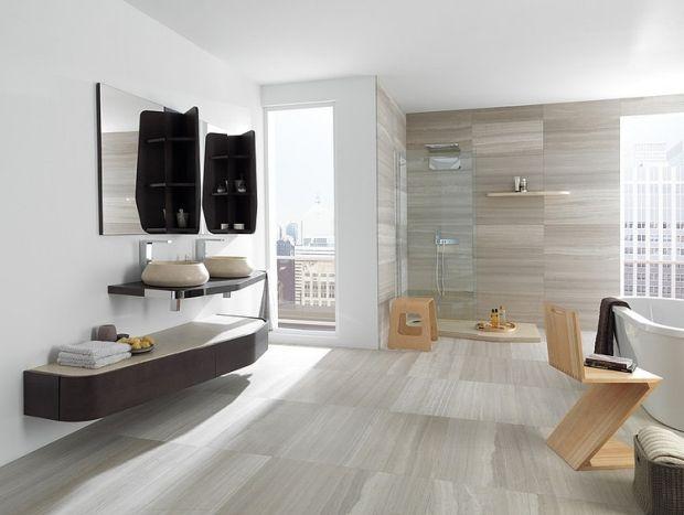 Gestaltung Ideen Geräumiges Bad Graue Fliesen  Holz Stuhl Freistehende Badewanne Design | Bad | Pinterest
