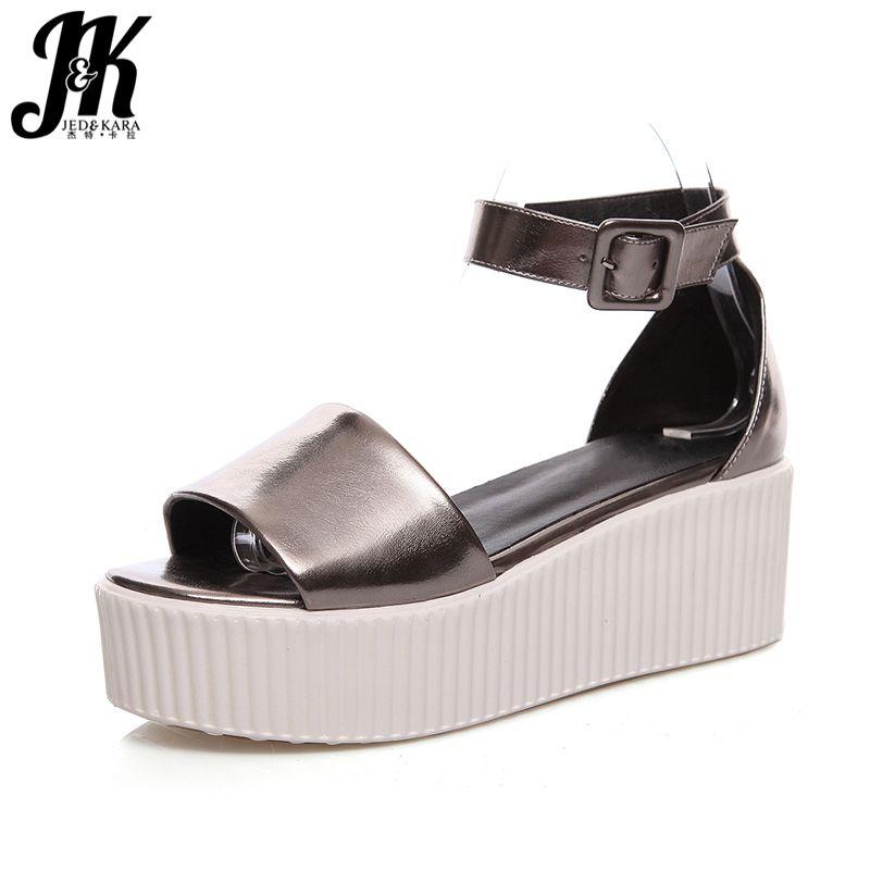 1e76a9e02 Barato J & K 2017 Chegam Novas Sandálias de Sola Grossa Plataforma Sexy  Peep toe Sapatos de Mulher Cunhas com Tira No Tornozelo Mulheres Sandálias  de Verão ...
