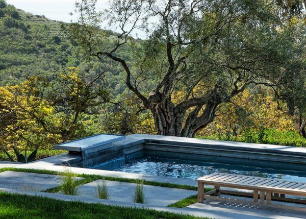 Natalie Portman S Stunning New House By Barton Myers Small Swimming Pools Pool Waterfall Outdoor