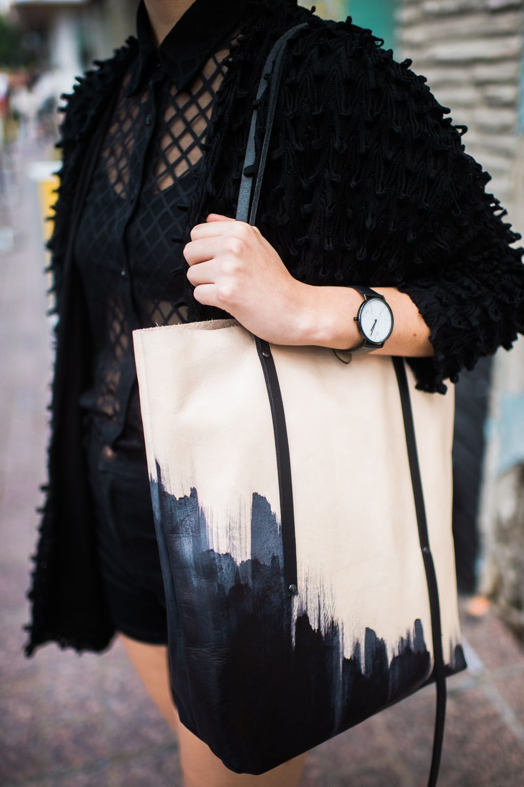 f86223797d73 30 Awesome Outfit Ideas Straight Out Of SXSW  refinery29  http   www.refinery29.com 2016 03 106504 sxsw-street-style-photos-2016 slide-19  Even if you only ...