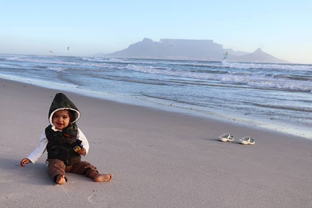 Life on a beach is enough to keep you happy for life! #CapeTown #SouthAfrica @CanonRSA #LiveForTheStory #Canon77D #TableMountain #TheLifesWay #Photoyatra #AashishRaiJain #Blogger #vLogger #WalkingwithCamera #photographerwithpassion #instagrammer #6yearsofthelifesway #canoneos #CanonDslr #canonphotographer #canonrebel #canonphotos #Parenting #FatherDuties #AtlanticOcean #Funwithfamily #iglobal_photographers #travelsouthafrica #TheLifesWayTravels www.thelifesway.com