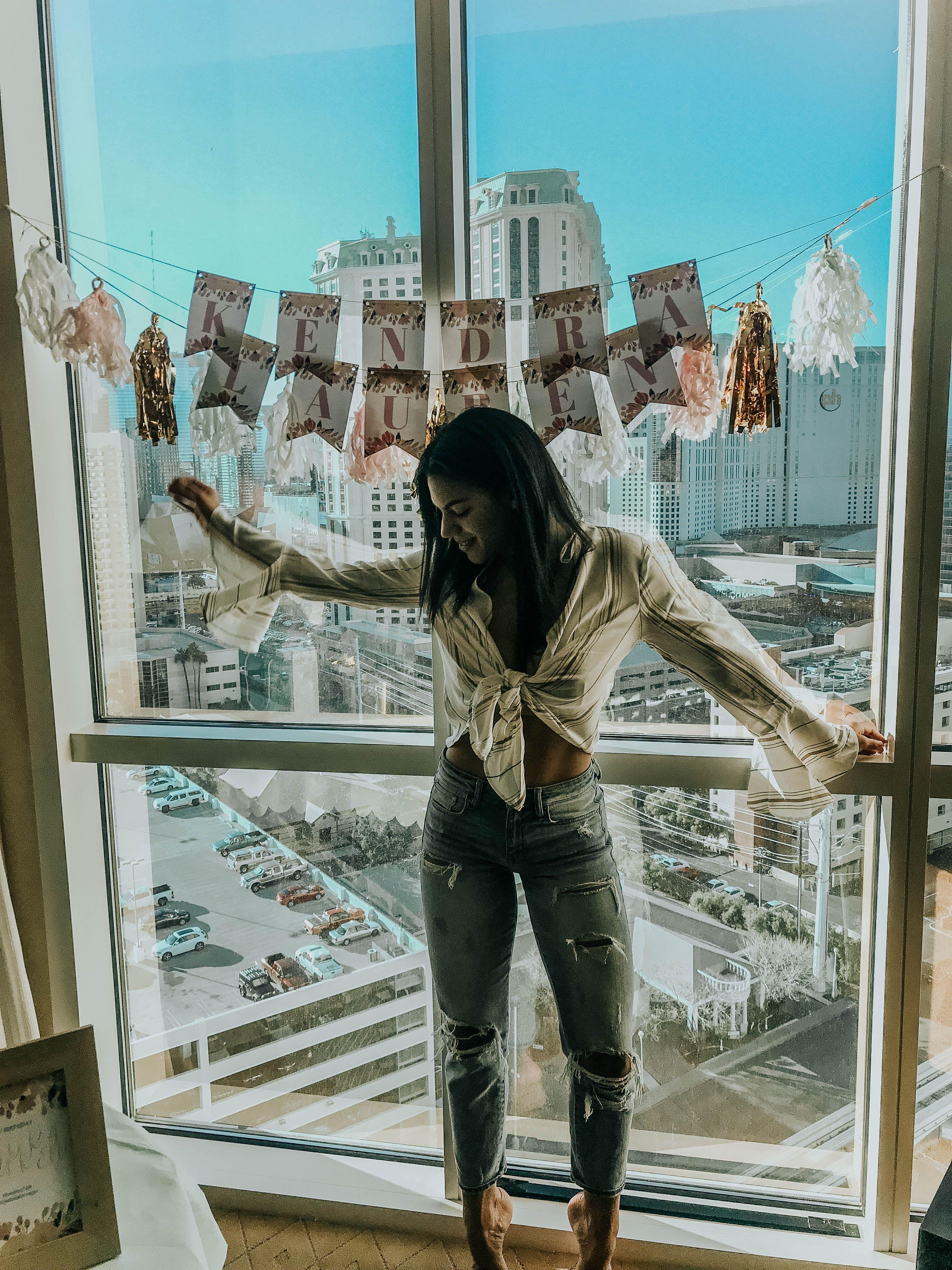 7eec1097617 Las Vegas, Girl's trip, birthday party, papaya clothing, Las Vegas strip