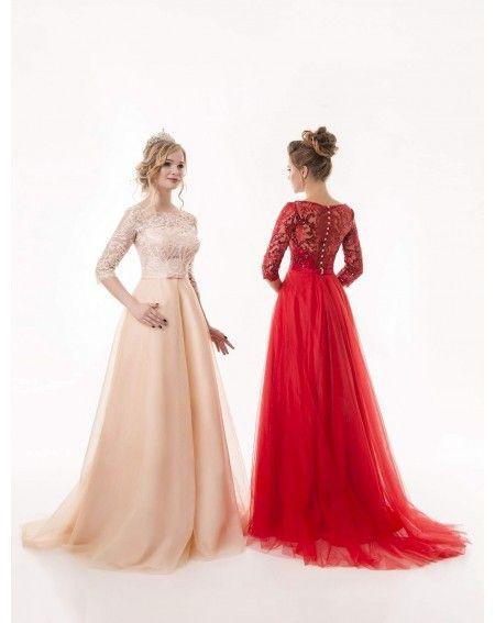 f6c8f6bcdbcb Luxusné spoločenské šaty na predaj a na prenájom s jemnou tylovou sukňou