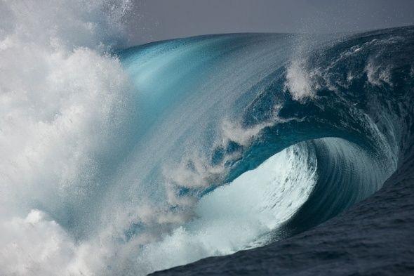 Soul to Soul: Huge Scary Wave