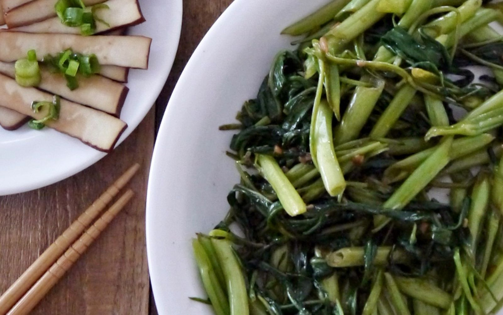 Chinese hollowstem spinach is stirfried to simple
