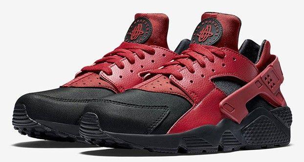 watch 3ca24 85e5f Nike Air Huarache Black Gym Red