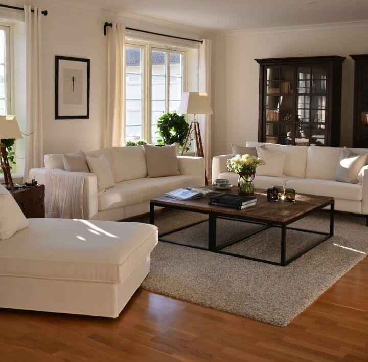 Salon Couleur Taupe Meuble Canape Decoration Interieur Also Epingle Par  Lucie Turcotte Sur Salle De Sejour