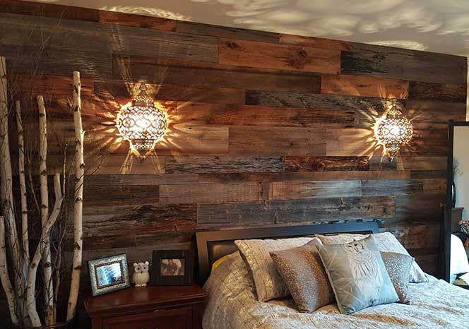 mur en bois de grange dans une chambre mur bois. Black Bedroom Furniture Sets. Home Design Ideas