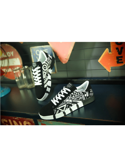 competitive price 0e529 cfd94 Aztec Monochrome Sneakers | SHOES | Shoe boots, Best ...