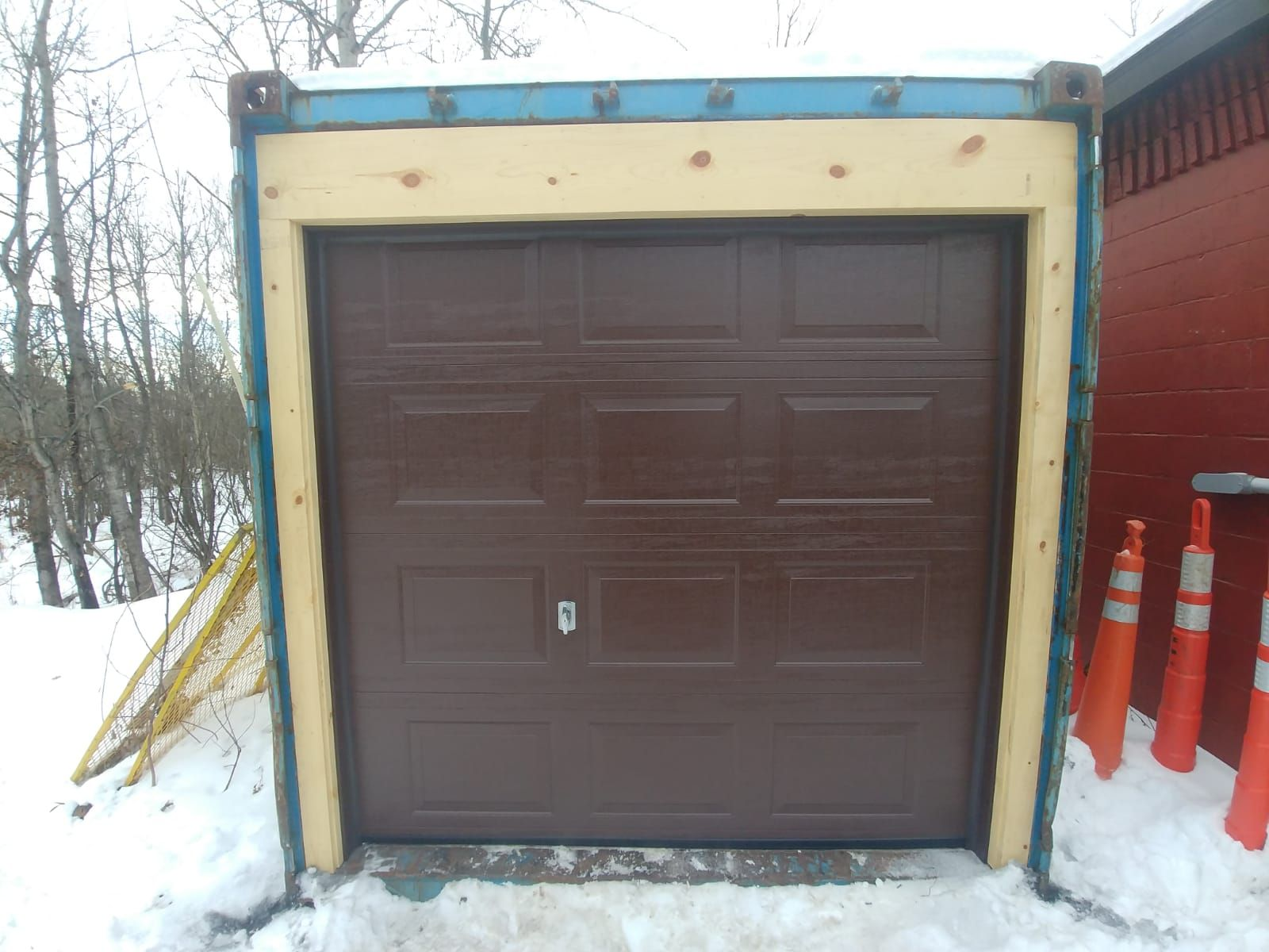 We Have Skilled Professionals Who Provide The Best Garage Door Service At Reasonable Rates To Know More Click This Link Garage Garaged