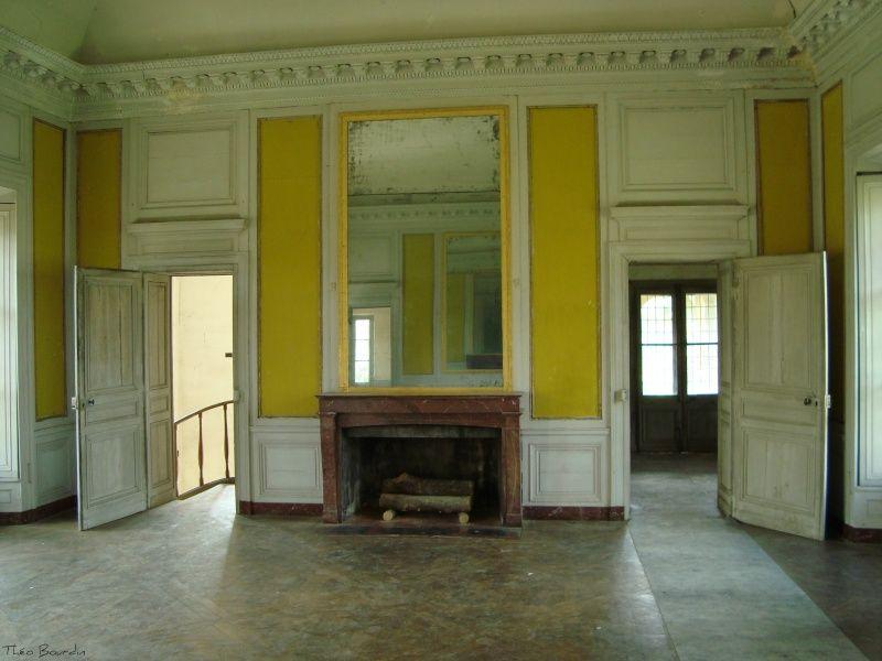 Restauration de la maison de la reine au hameau grand for Restauration maison
