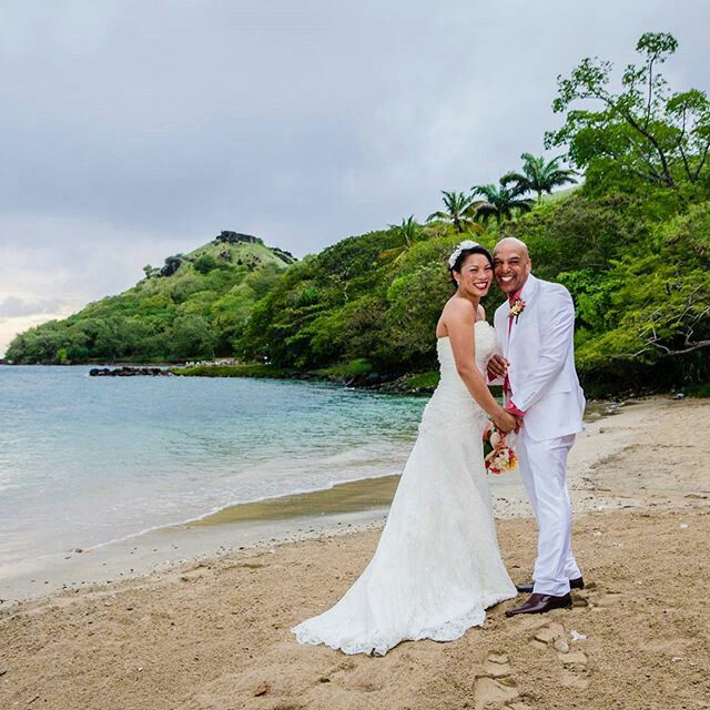Happy #WeddingWednesday from #simplybeautiful Saint Lucia! -#Congratulations @sau296 on making our #Caribbean #island #paradise your #weddingdestination.  #regram #weddinggram #igwedding #instawedding #stlucia #stelucie #saintlucia #vacation #travel #destinationwedding #beachwedding #sayido #gettingmarried #marriage #maritalbliss #wanderlust #picturesque #instago #travelingram #instapassport #nofilter #november #escapethecold