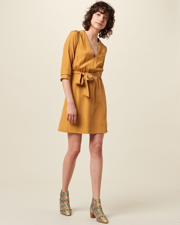 d9be6078cf37 Sessùn - Himana - Miel | Dresses in 2019 | Belted dress, Belt tying ...