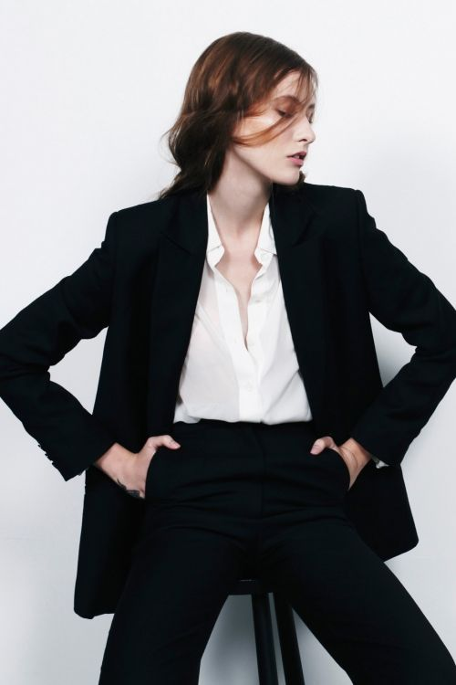 Devon-born and London-based fashion designer Charlie May (of the blogGirl a la Mode fame) launched her Autumn/Winter '13 collection in the beginning of the year, giving continuity to her signature minimalist, androgynous style.