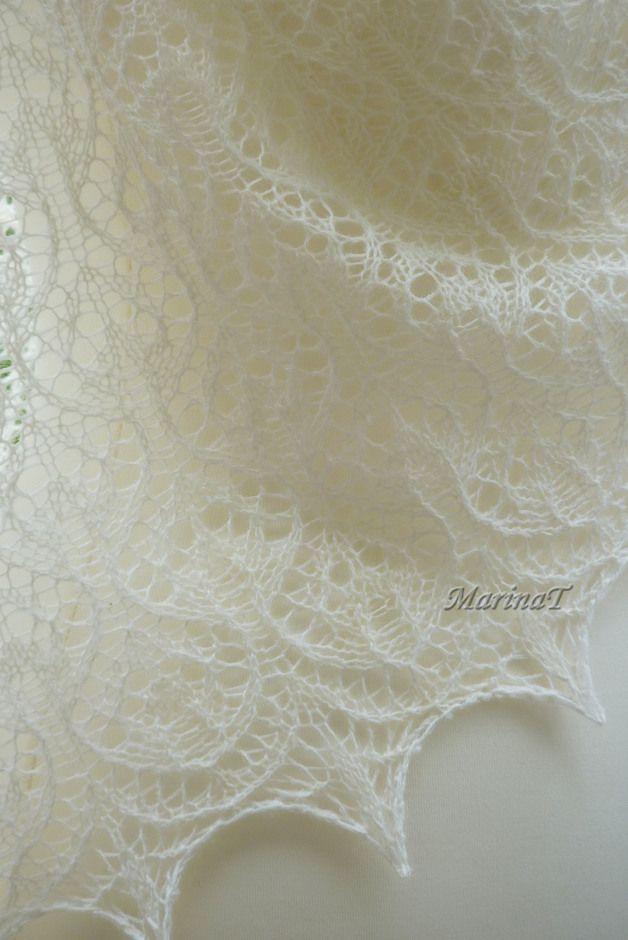 6f0193bc7bf3e1 Brautstolen & -boleros - Lacetuch Dreieckstuch Stricktuch Stola Hochzeit -  ein Designerstück von MarinaT-