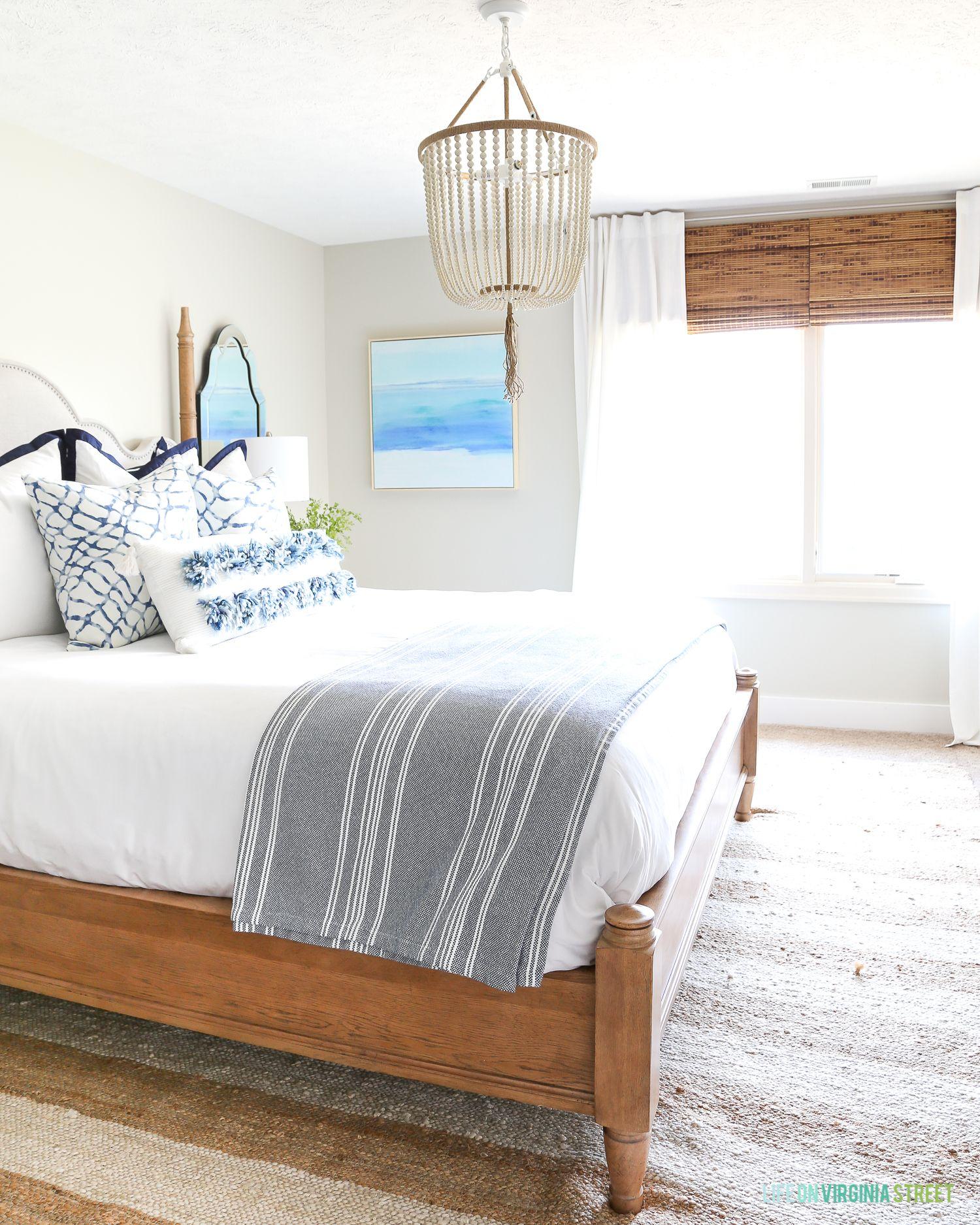 Beachy Guest Bedroom Reveal Rustic bedroom design, Home