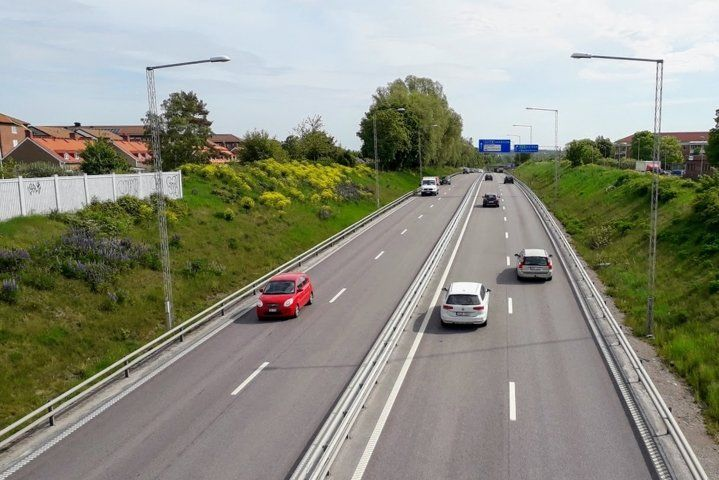Road and cars Travel pictures Sweden #travelphotos #travelwallpaper #travelbackground #travelpictures #road #cars #sweden
