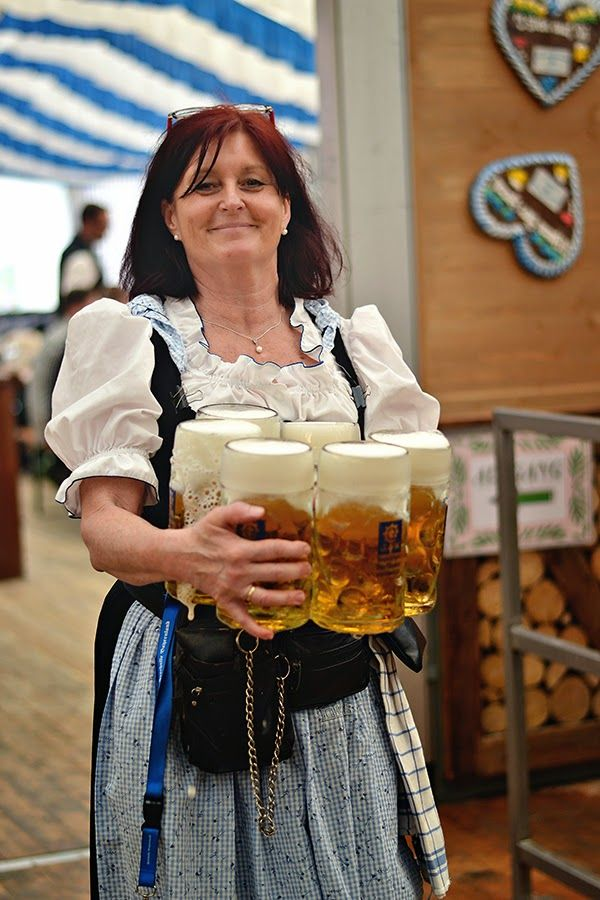Postcards from Springfest (Munich, Germany) | Beer girl