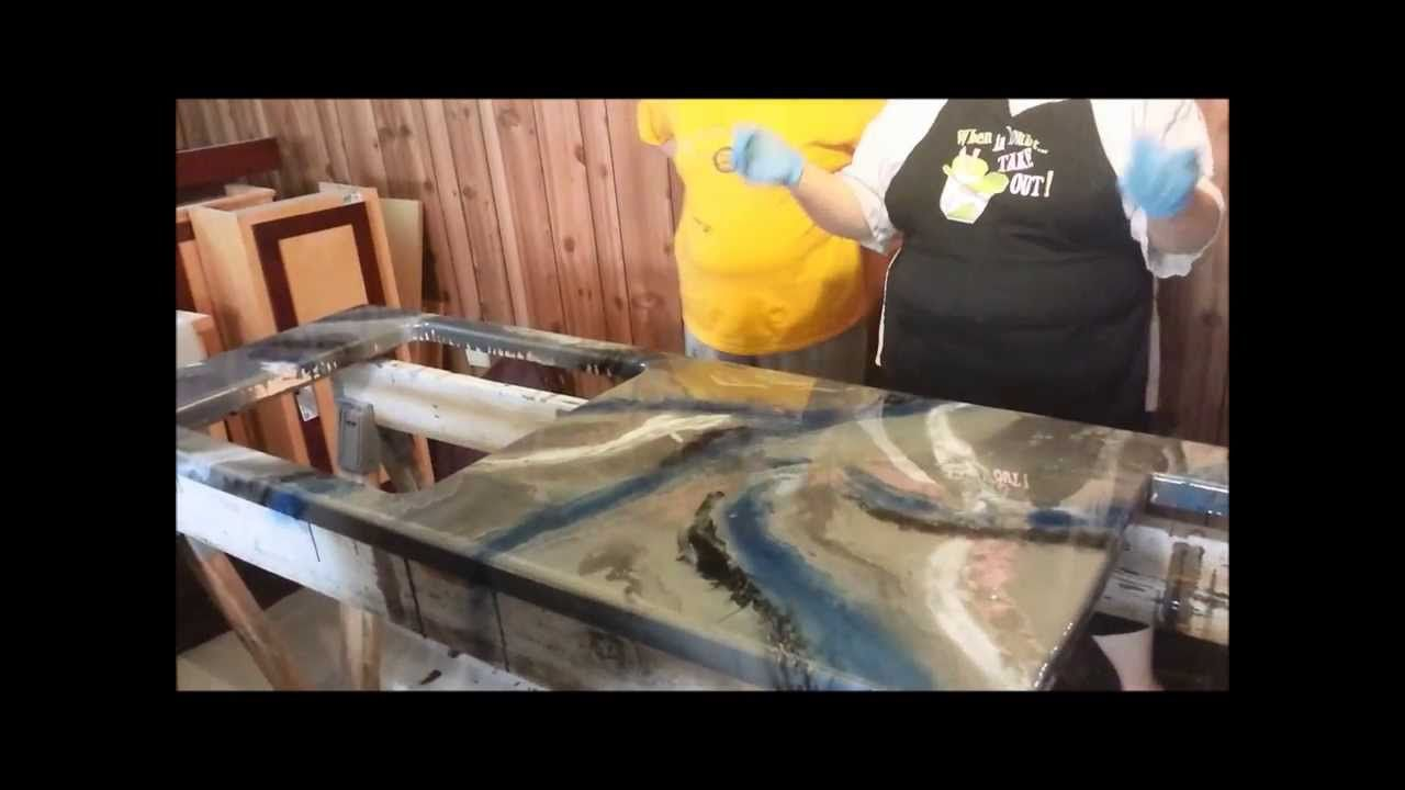 epoxy countertop, ugly way they did it but they made it