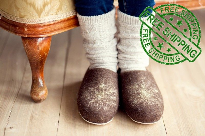 Woolenclogs giveaway winner and a gift to you!
