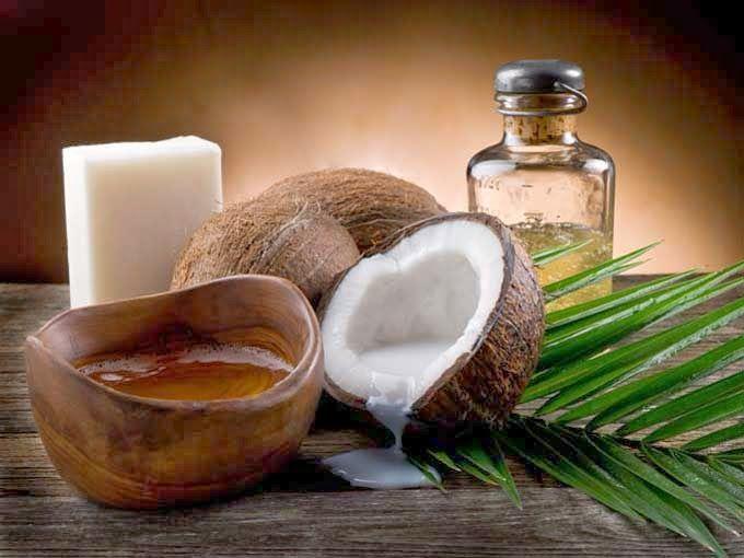 TUTTO COMINCIÒ CON IL PRECARIATO LAVORATIVO (tutto il resto mi è franato addosso): Oggi nella mia rubrica: Olio di cocco, ottimo per ...