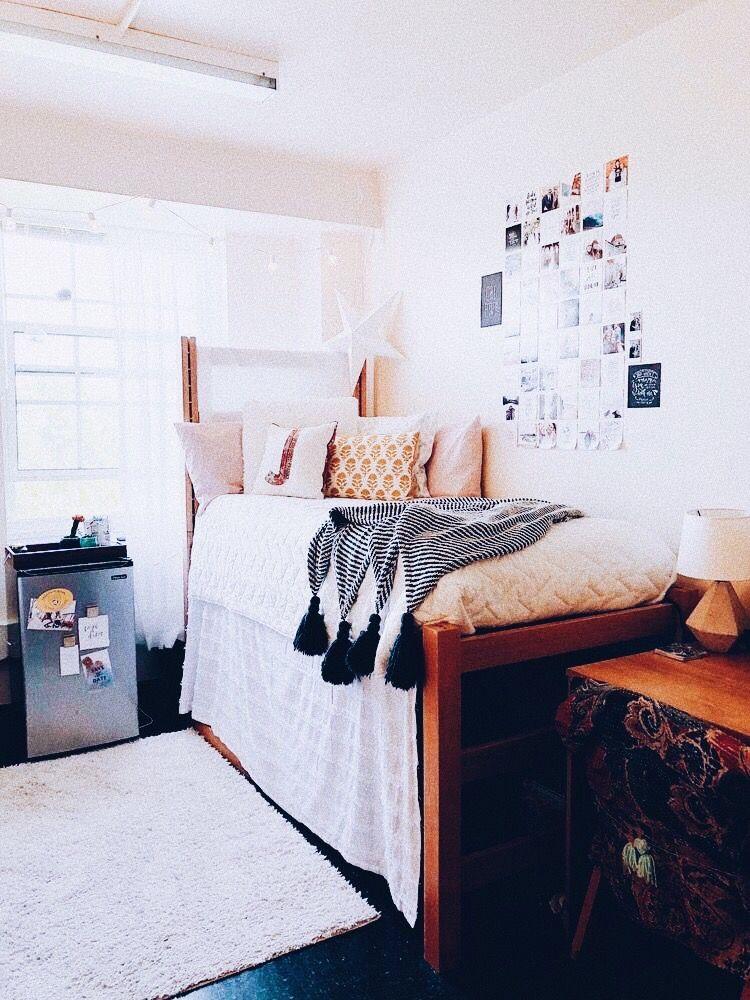 Aesthetic Dorm Room: #cutedorm #dormroom #dormgoals #yellow #aesthetic