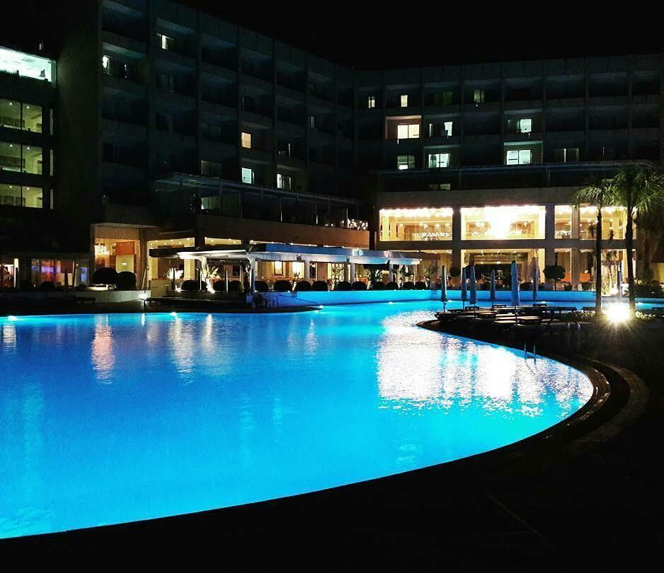 Dreaming about swimming pool... #HOT  _____ #cyprus #grecianpark #waterpool #night #hotel #cyprusrent #cyprusrealestate #cyprusproperties #cyprusproperty #cyprus2016 #summer #summertime #Mediterranean #realestate #realestateagent #traveladvisor #travel #limassol #paphos #Protaras #nicosia #famagusta #larnaca #polis #pafos #seller #кипр #недвижимостьзарубежом #недвижимость