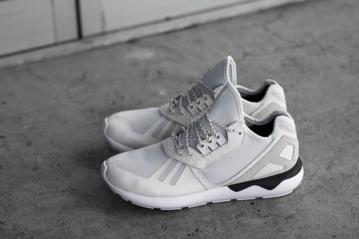 100% authentic 21cfd f9282 adidas Consortium Tubular Runner - White